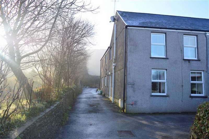 4 Bedrooms Semi Detached House for sale in West End, Penclawdd, Swansea