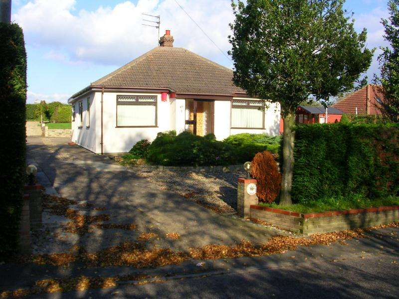 3 Bedrooms Detached Bungalow for sale in Lowestoft Road, Worlingham