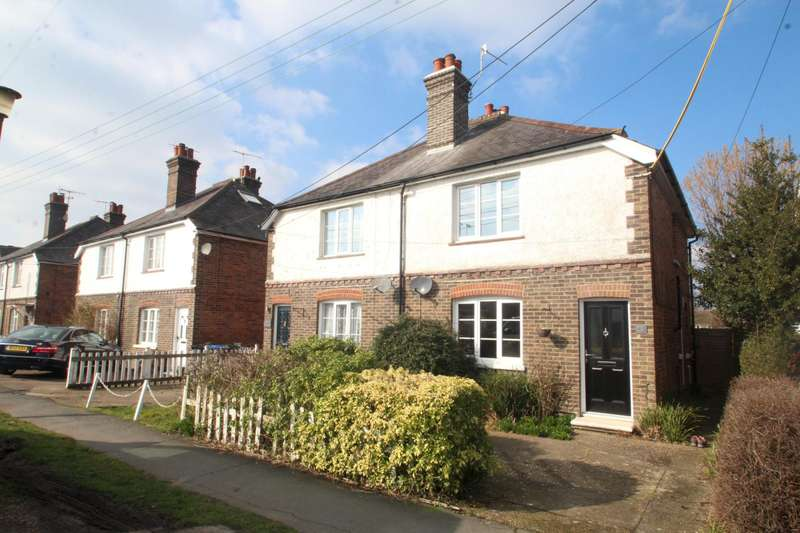 3 Bedrooms Semi Detached House for rent in Church Lane, Copthorne