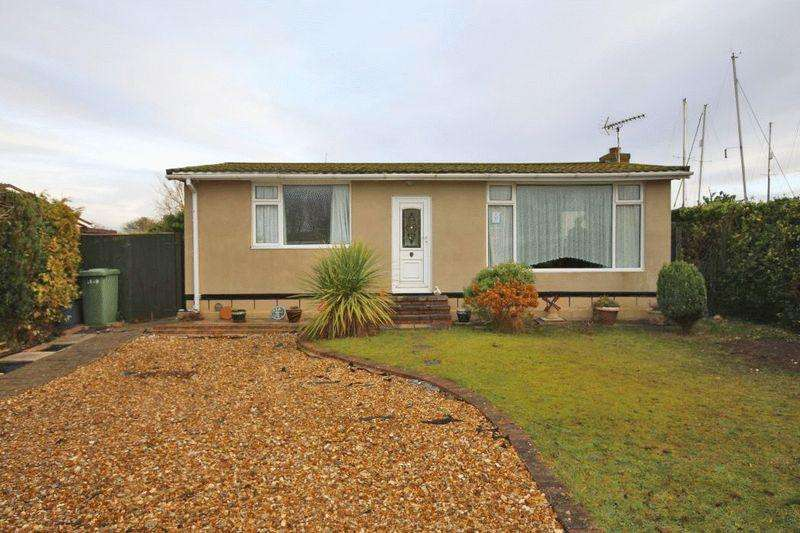 3 Bedrooms Chalet House for sale in 12th AVENUE, HUMBERSTON FITTIES,