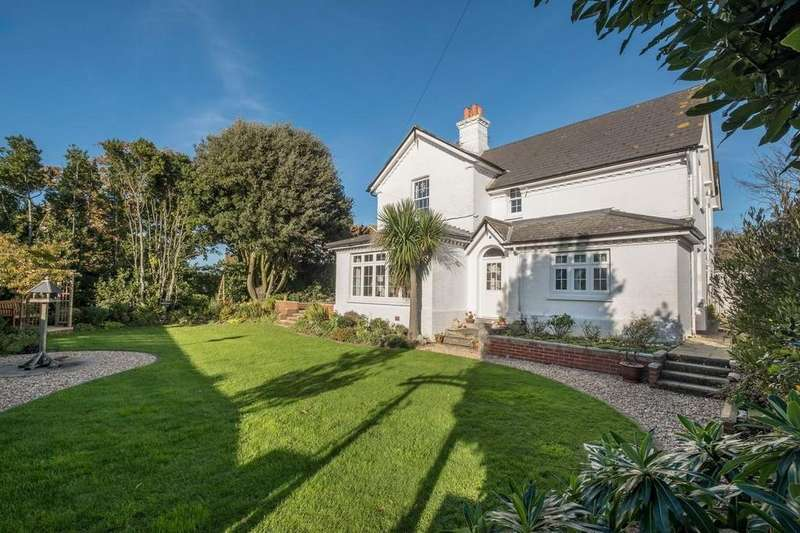 4 Bedrooms Detached House for sale in Steephill Road, Shanklin