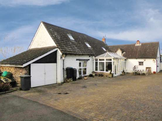 4 Bedrooms Cottage House for sale in Cwmoody, Pontypool, Gwent, NP4 0JA