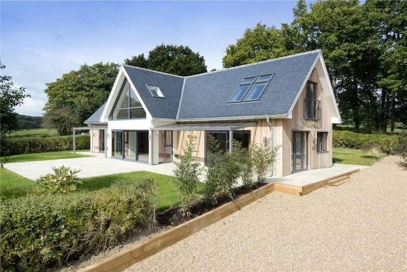4 Bedrooms Detached House for sale in Weald, Sevenoaks, Kent, TN14