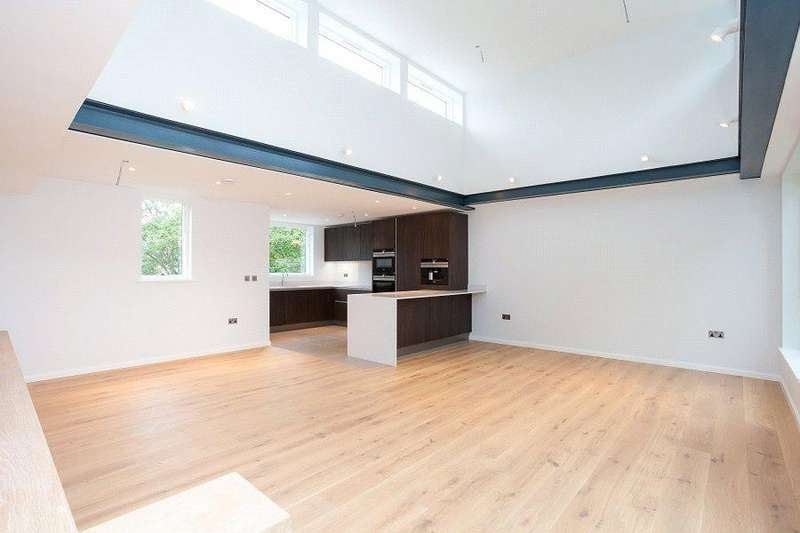 3 Bedrooms Flat for sale in Trinity House, Crayford Road, Tufnell Park, London, N7