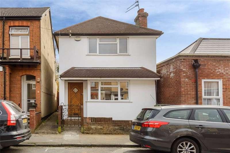 3 Bedrooms Detached House for sale in Burnham Road, St. Albans, Hertfordshire