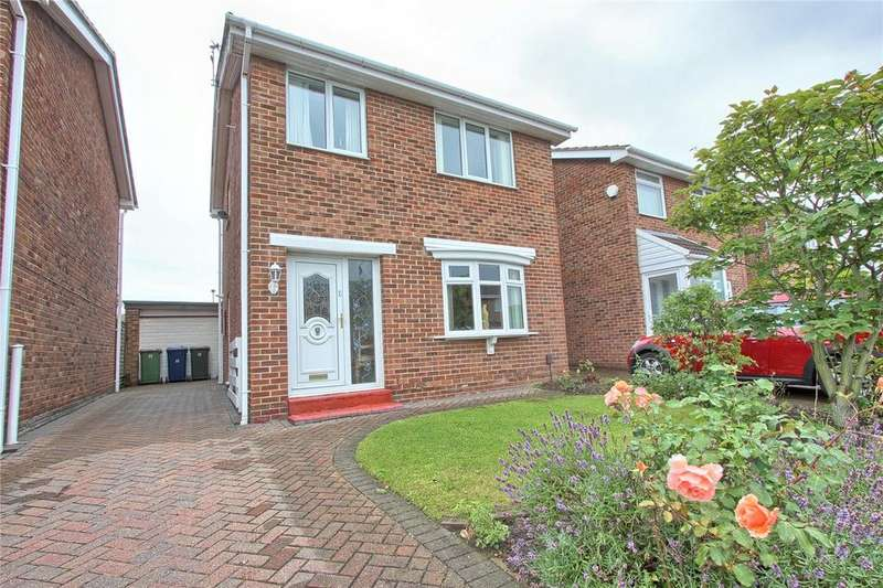 3 Bedrooms Detached House for sale in Fulmerton Crescent, Redcar