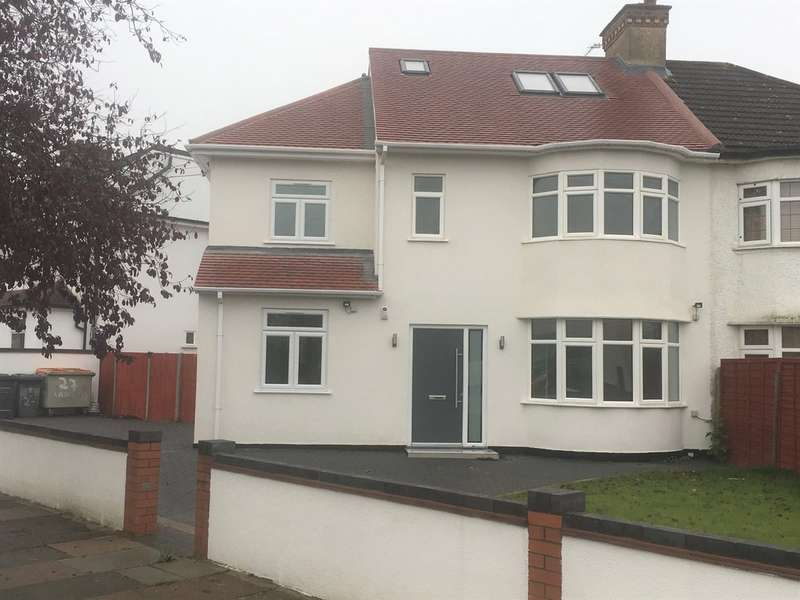 4 Bedrooms Semi Detached House for sale in Laneside, Edgware