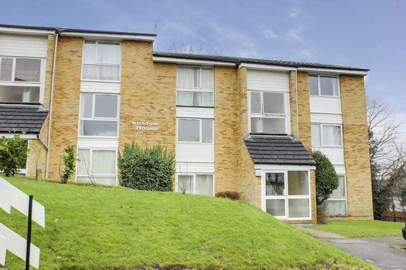 1 Bedroom Flat for sale in Lansdowne House, Enfield, London, EN2