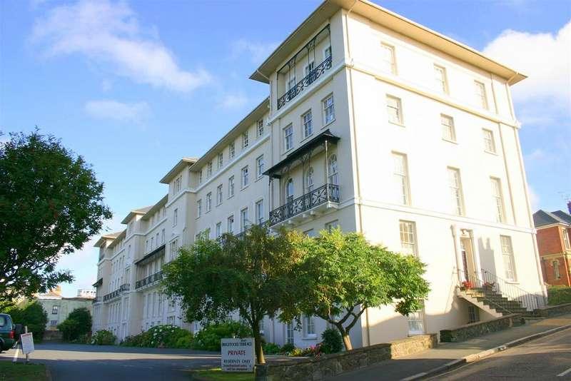 2 Bedrooms Flat for sale in Brigstocke Terrace, Ryde