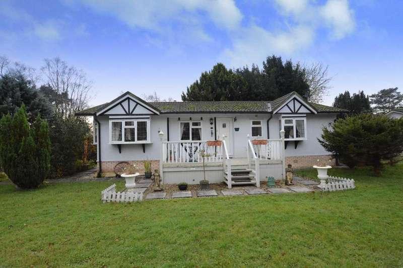 2 Bedrooms Mobile Home for sale in Shireburne Park, Edisford Road, Waddington, Lancashire, BB7