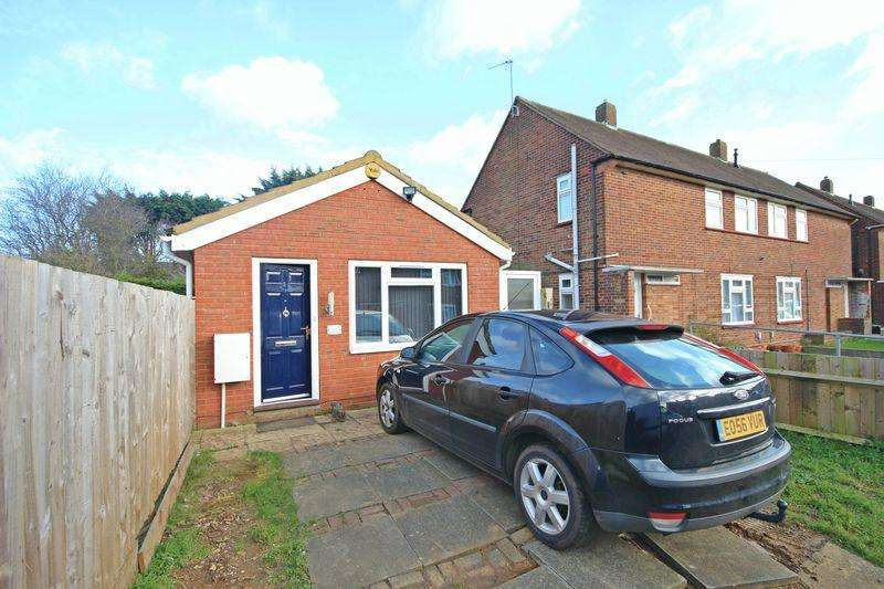 1 Bedroom Detached Bungalow for sale in Cornel Cottage, Cornel Close, Luton