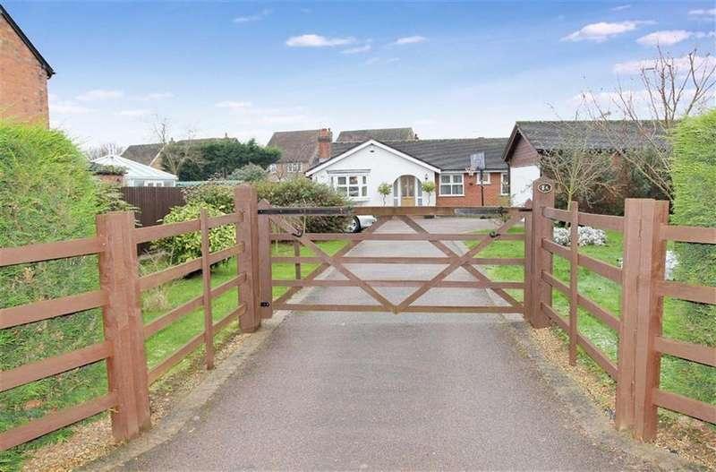3 Bedrooms Bungalow for sale in West Cross Lane, Mountsorrel, Leicestershire