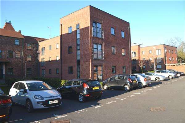 1 Bedroom Apartment Flat for sale in 30 Hartley Court, Lock 38, Etruria, Stoke-On-Trent