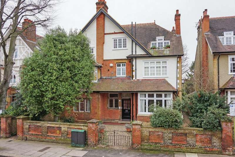 11 Bedrooms Detached House for sale in Briar Walk, SW15