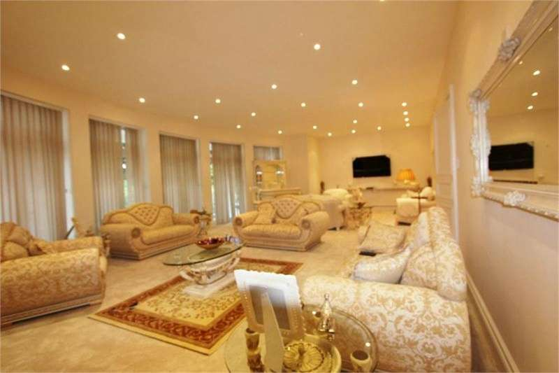 8 Bedrooms Detached House for sale in Brampton Grove, Hendon