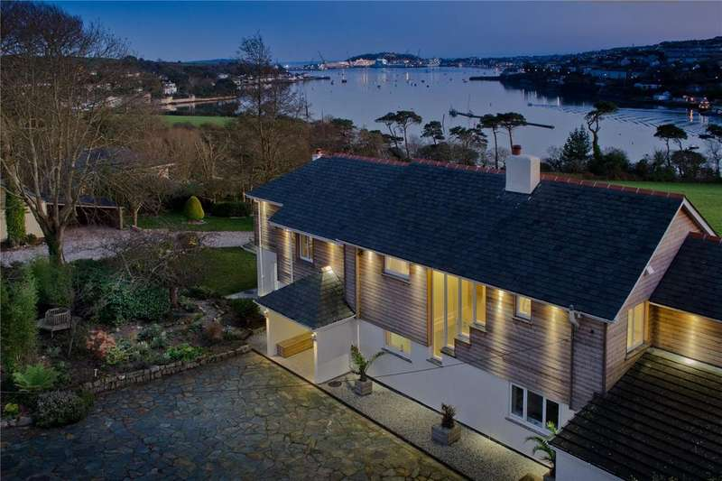 5 Bedrooms Detached House for sale in Flushing, Falmouth Harbour, South Cornwall, TR11