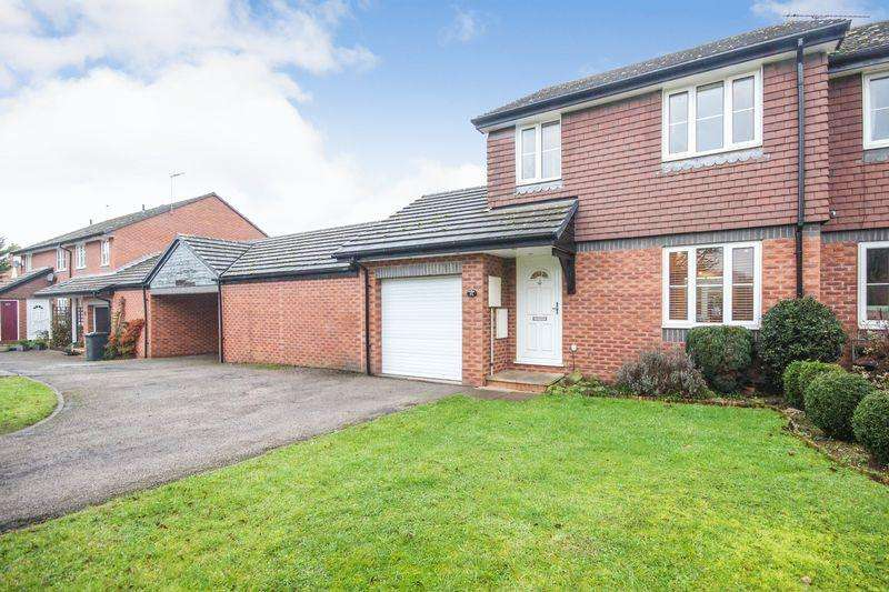 3 Bedrooms Semi Detached House for sale in Tavistock Avenue, Ampthill