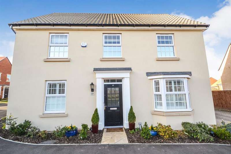 4 Bedrooms House for sale in Oak Drive, Southminster