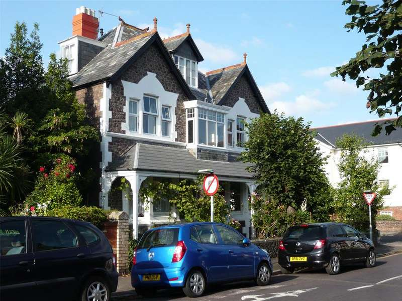 2 Bedrooms Apartment Flat for rent in Summerland Avenue, Minehead