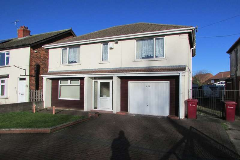 5 Bedrooms Detached House for sale in Burringham Road, Scunthorpe, DN17
