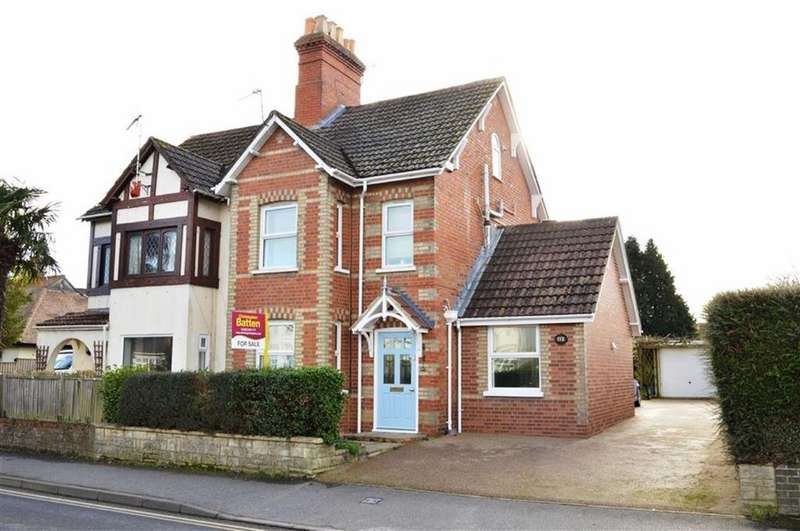 3 Bedrooms Semi Detached House for sale in Leigh Road, Wimborne, Dorset