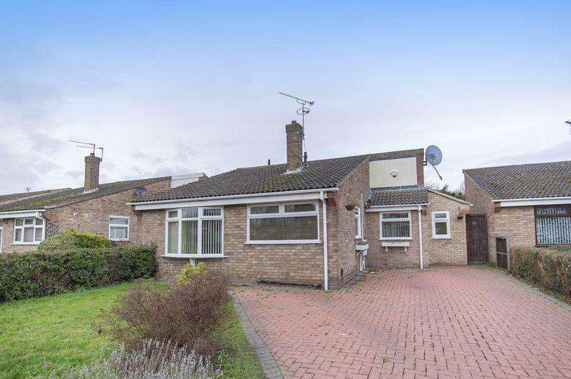 3 Bedrooms Detached Bungalow for sale in CARRON CLOSE, SINFIN