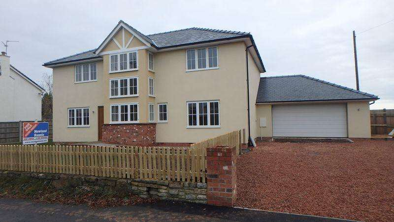 4 Bedrooms Detached House for sale in Oak Lodge, Bishton Road, Bishton