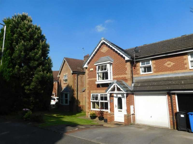 3 Bedrooms Semi Detached House for sale in Old Bank Close, Bredbury, Stockport