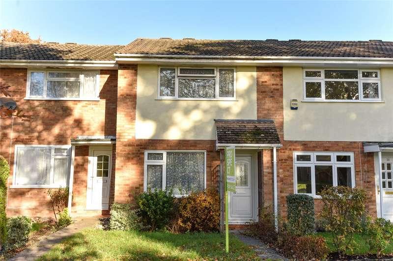 2 Bedrooms Terraced House for sale in Keble Way, Owlsmoor, Sandhurst, Berkshire, GU47