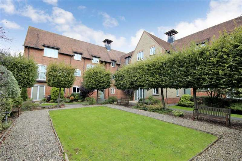 2 Bedrooms Apartment Flat for sale in Dunley Close, Redhouse, Swindon