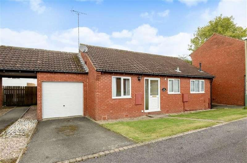 2 Bedrooms Detached Bungalow for sale in Wanborough