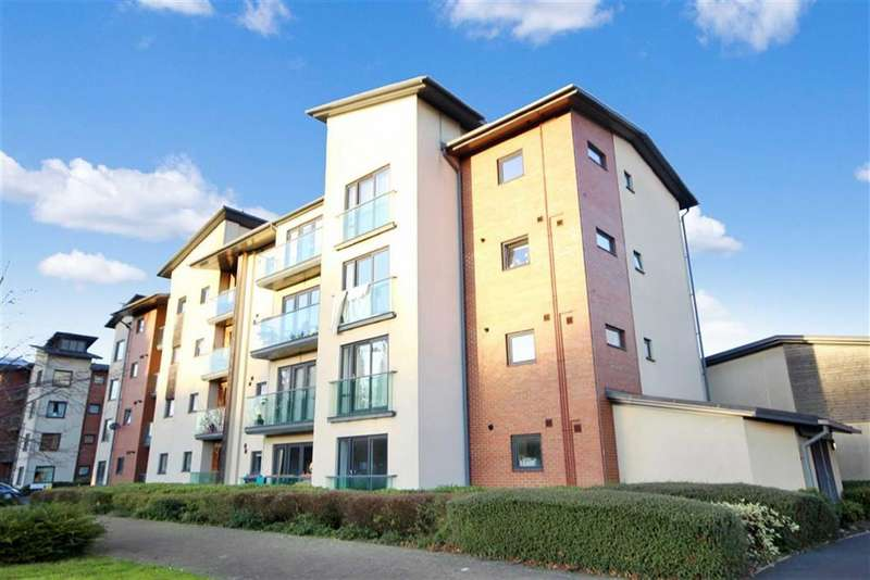 2 Bedrooms Apartment Flat for sale in Orpen Close, Marlborough Park, Old Town