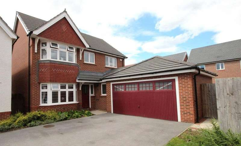4 Bedrooms Detached House for sale in Spall Close, Scartho Top, DN33