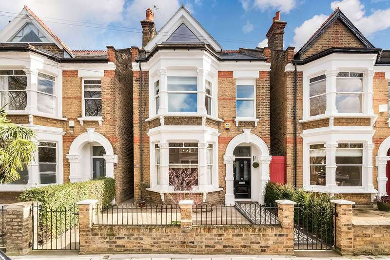 1 Bedroom Flat for sale in St. Mary's Grove, Chiswick, London, W4