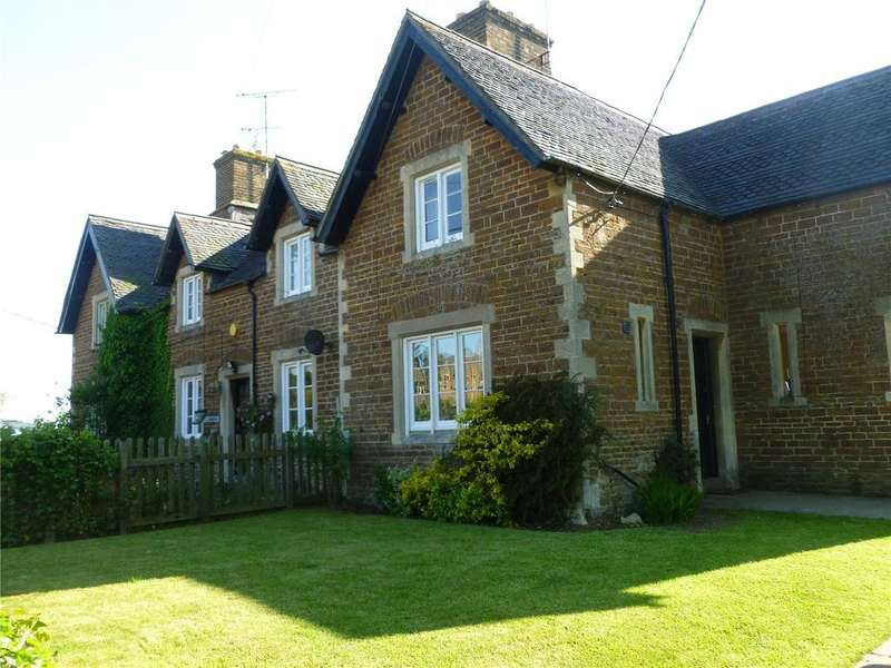 2 Bedrooms Semi Detached House for rent in Watford, Northampton, Northamptonshire
