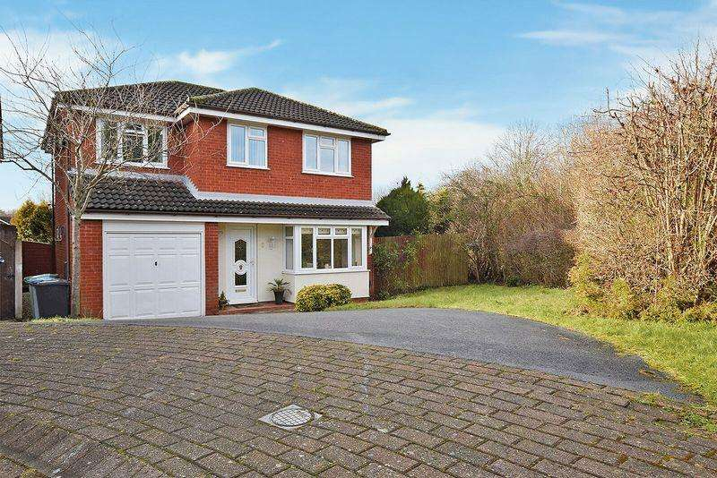 4 Bedrooms Detached House for sale in Stony Holt, Runcorn