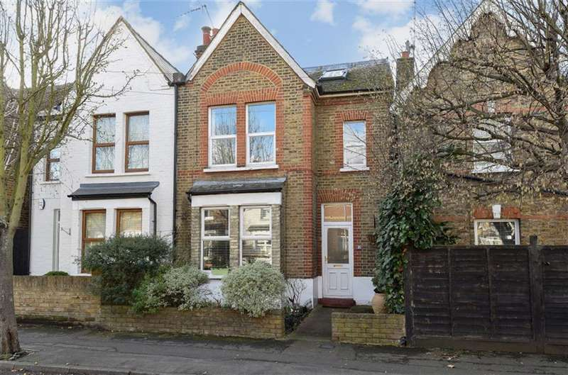 3 Bedrooms Semi Detached House for sale in Cross Road, Kingston Upon Thames