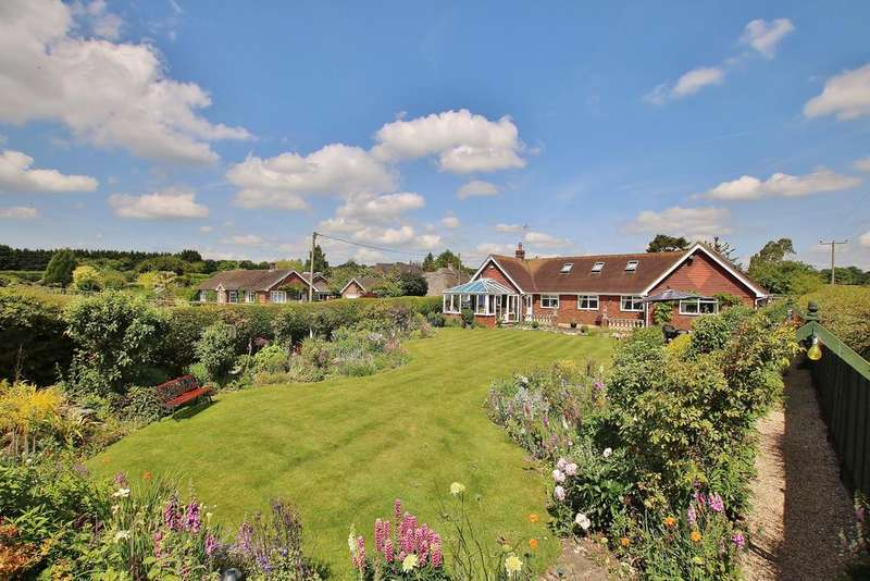 4 Bedrooms Chalet House for sale in Micheldever, Winchester