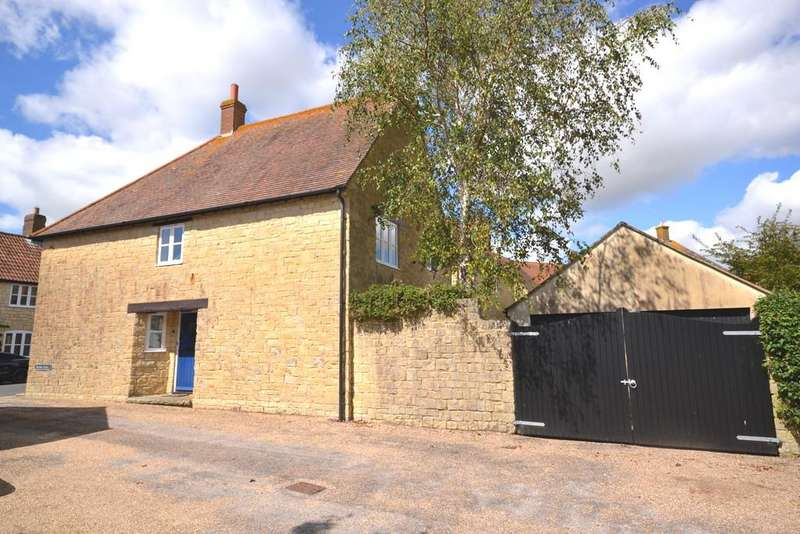 3 Bedrooms Detached House for sale in Wardbrook Street, Poundbury