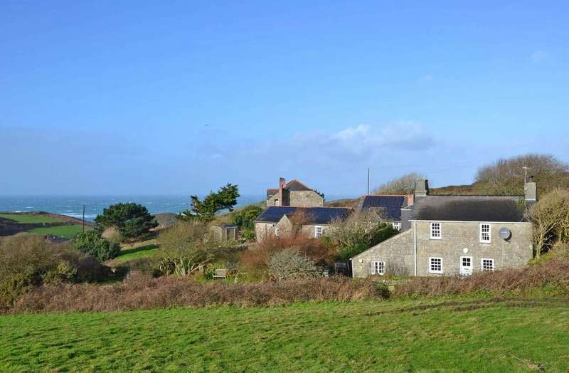 2 Bedrooms Detached House for sale in Nanqudino, Nr. St Just,West Cornwall, TR19