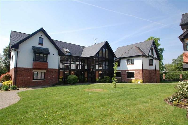 2 Bedrooms Duplex Flat for sale in Hunters Lodge, Wilmslow, Cheshire