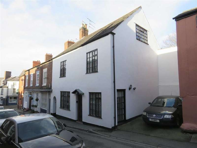 3 Bedrooms Terraced House for sale in St Johns Hill, Ellesmere, SY12