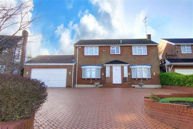 4 Bedrooms Detached House for rent in Lancaster Avenue, Hadley Wood, Hertfordshire
