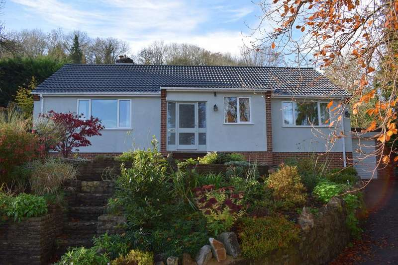 3 Bedrooms Detached Bungalow for sale in Set on the rural fringes of Banwell with fabulous countryside views.