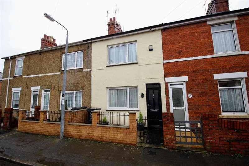2 Bedrooms Terraced House for sale in Omdurman Street, Gorse Hill, Swindon