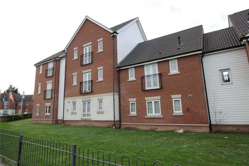 2 Bedrooms Apartment Flat for sale in Eton House, School Avenue, Laindon, Essex, SS15