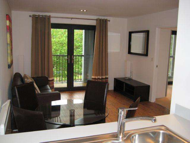 2 Bedrooms Apartment Flat for sale in HUB 2 BED WITH LARGE BALCONY