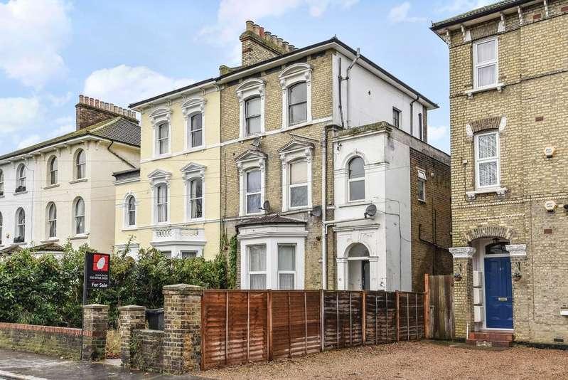 1 Bedroom Flat for sale in Woodside Green London SE25