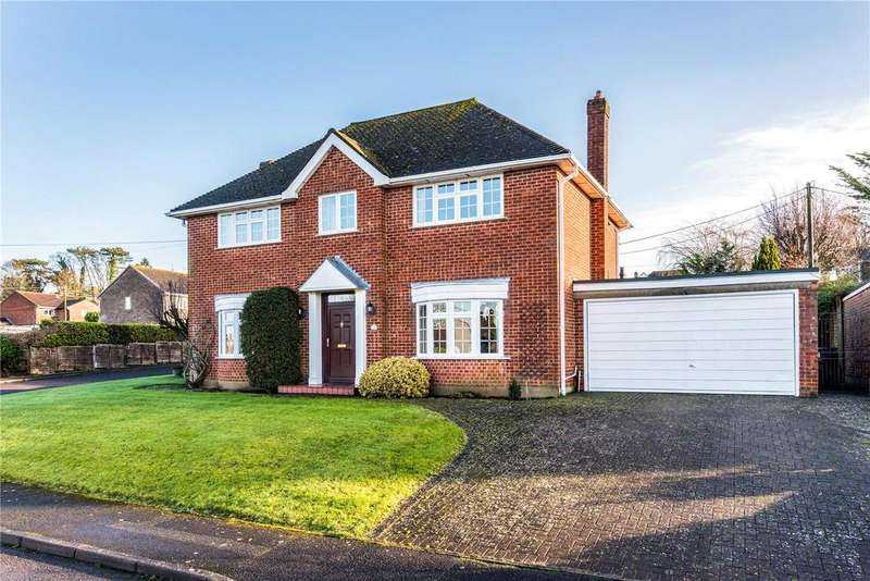 4 Bedrooms Detached House for sale in Potters Way, Laverstock, Salisbury