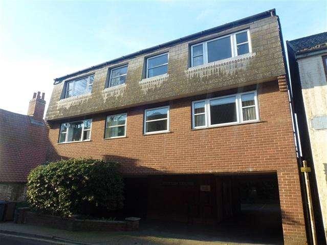 2 Bedrooms Flat for rent in Quay Street, Woodbridge, Ipswich